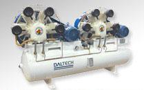 Veja os Compressores montados sobre Reservat�rio